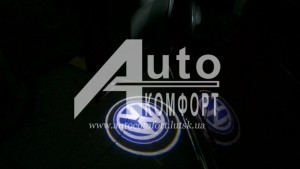 Установка лазерного LED проектора логотипа Вашего автомобиля фото 1