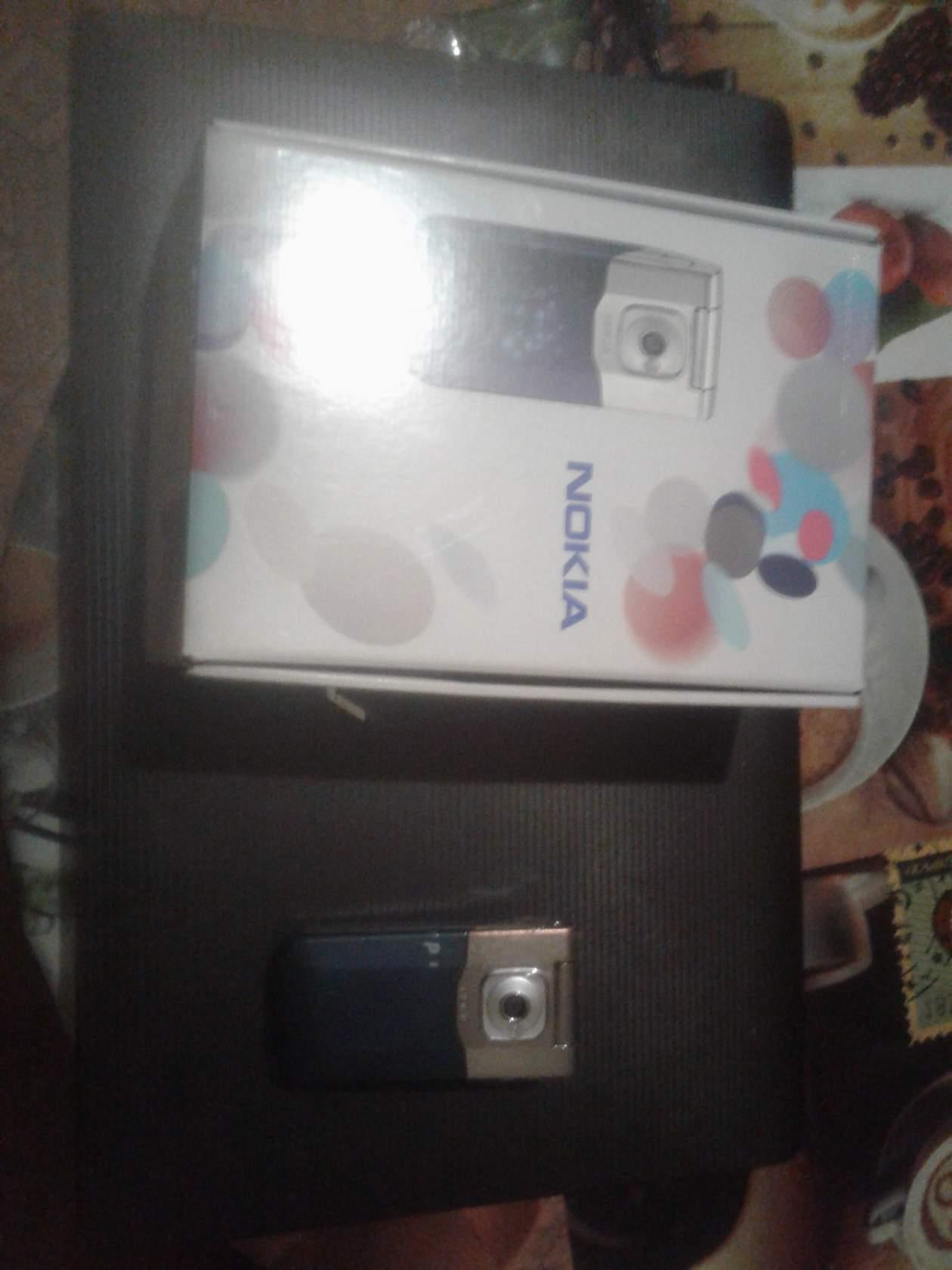 Телефон Nokia7510 Supernova фото 2