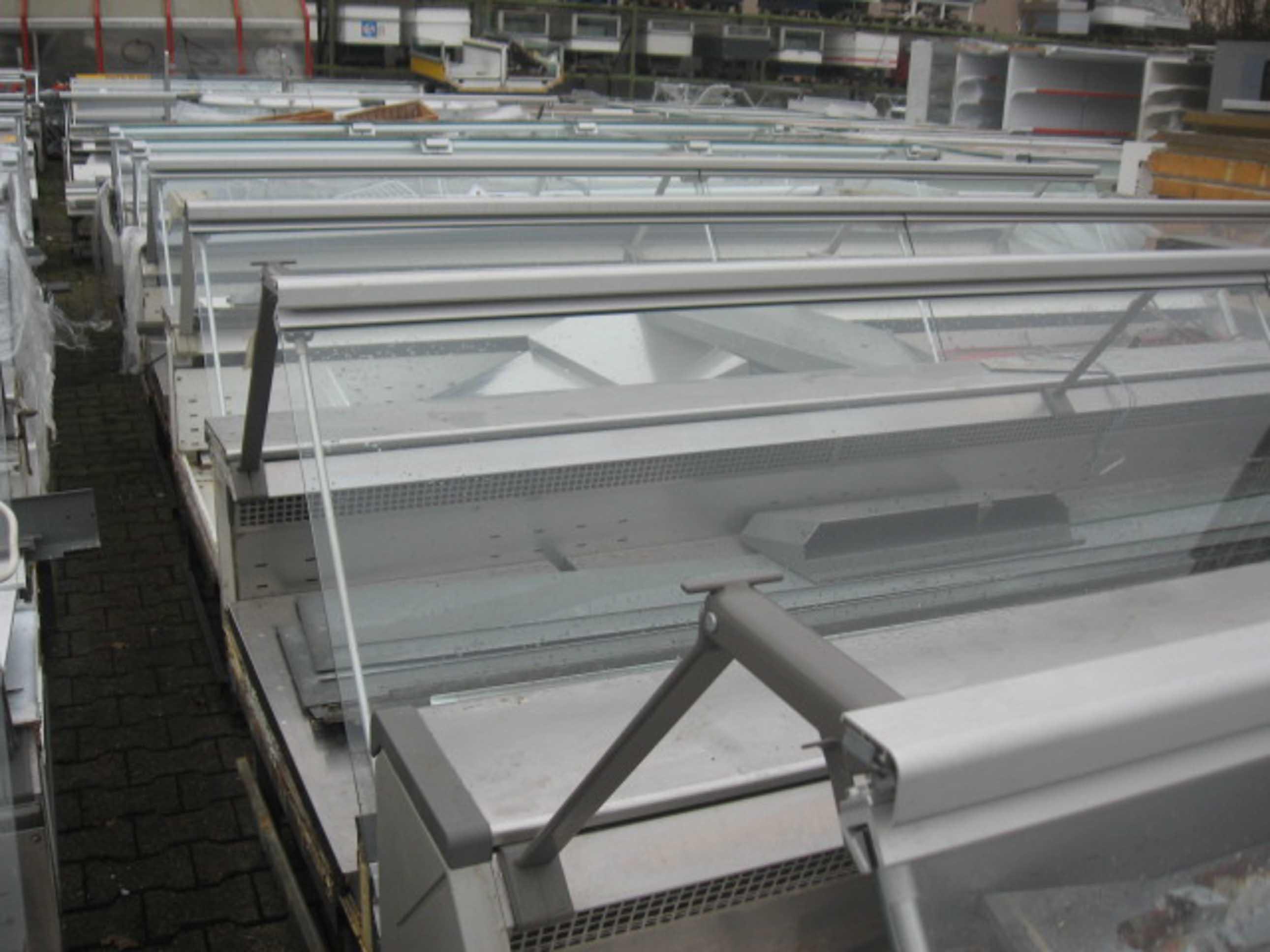 Холодильные витрины б/у Linde фото 1