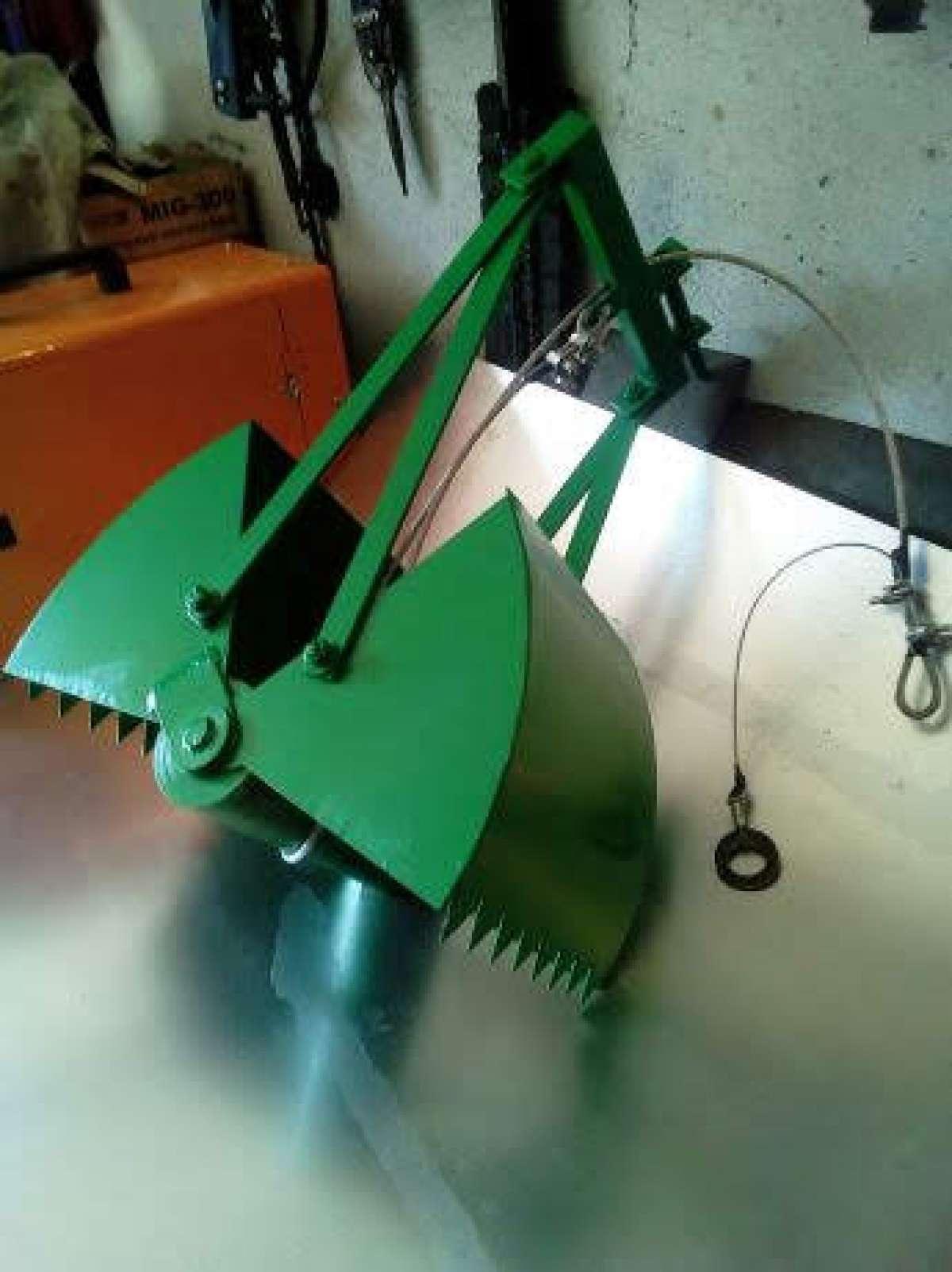 Ковш грейфер для чистки криниць фото 3