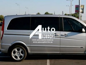Передний салон, правое стекло на автомобиль Mercedes-Benz Vito 04- (Ме