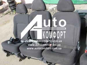 Автосидения б. у. Hyundai Trajet (Хендай Траджет) 3 шт. трансформеры