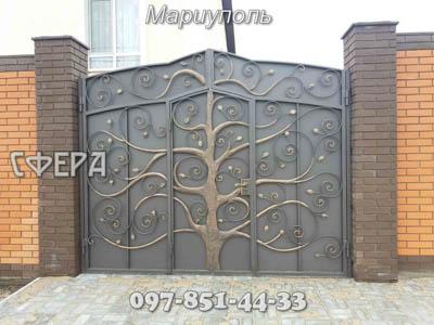 Кованые ворота, металлические, въездные. Мариуполь.
