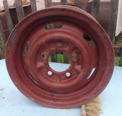 Новый колесный диск на автомобиль Москвич 412