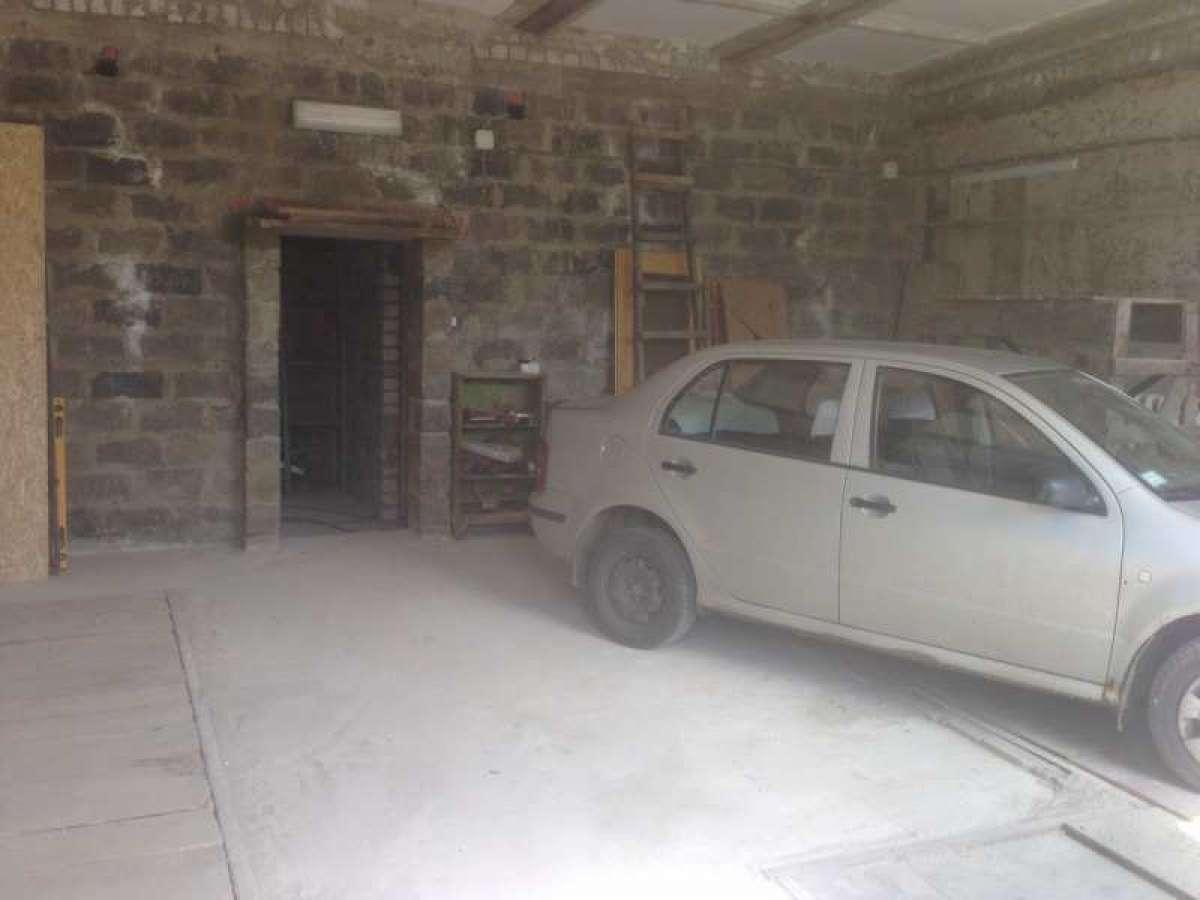 Сдам гараж под СТО или склад